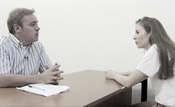 Gugu entrevista a assassina Suzane.