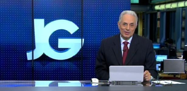 24abr2015---william-waack-ironiza-horario-de-exibicao-do-jornal-da-globo-1429857282649_615x300