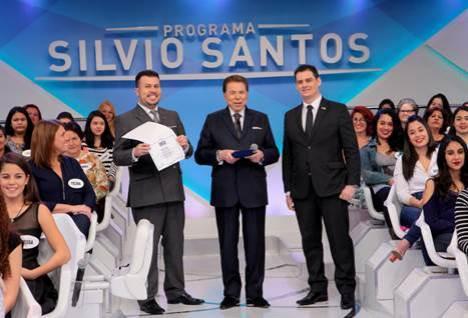 Silvio-Santos-avisa-Quem-não-me-chamar-de-doutor-está-na-rua
