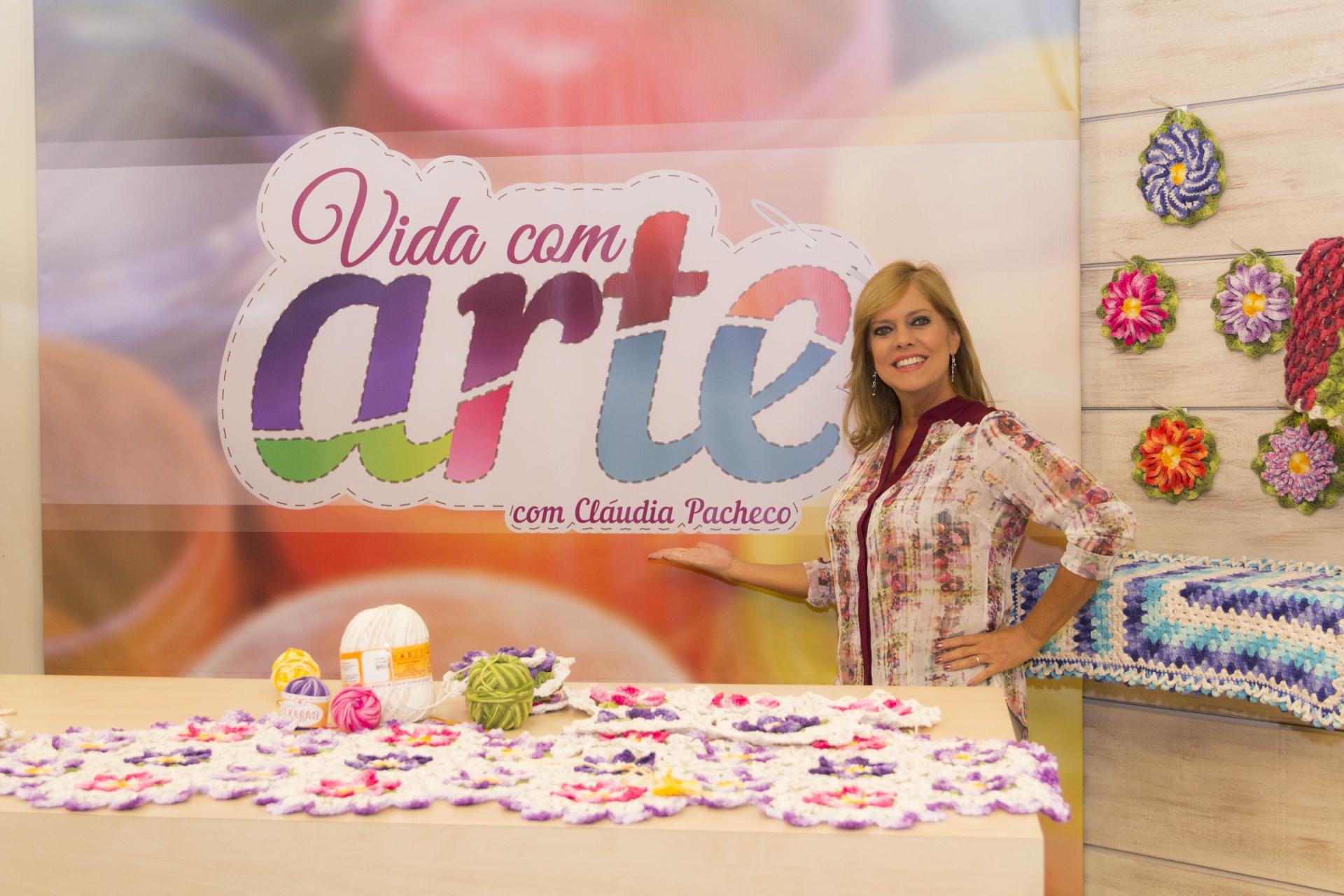 Aparador Ouro Branco Brilhantes ~  u201cVida com Arte u201d comemora 3 anos na TV Aparecida Portal 4 O site de todas as emissoras