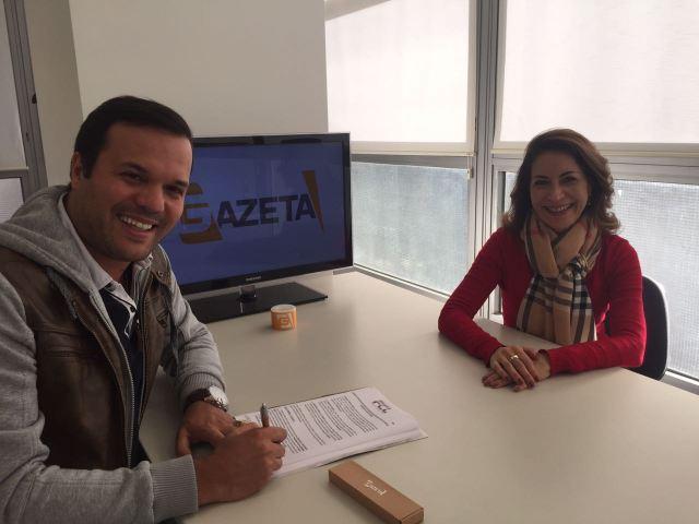 Padre Alessandro Campos com a superientende artística da TV Gazeta, Marinês Rodrigues